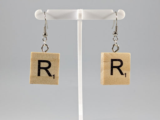 Scrabble Earring: Light Natural - R