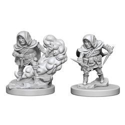 DUNGEONS AND DRAGONS: NOLZUR'S MARVELOUS UNPAINTED MINIATURES - HALFLING MALE ROGUE