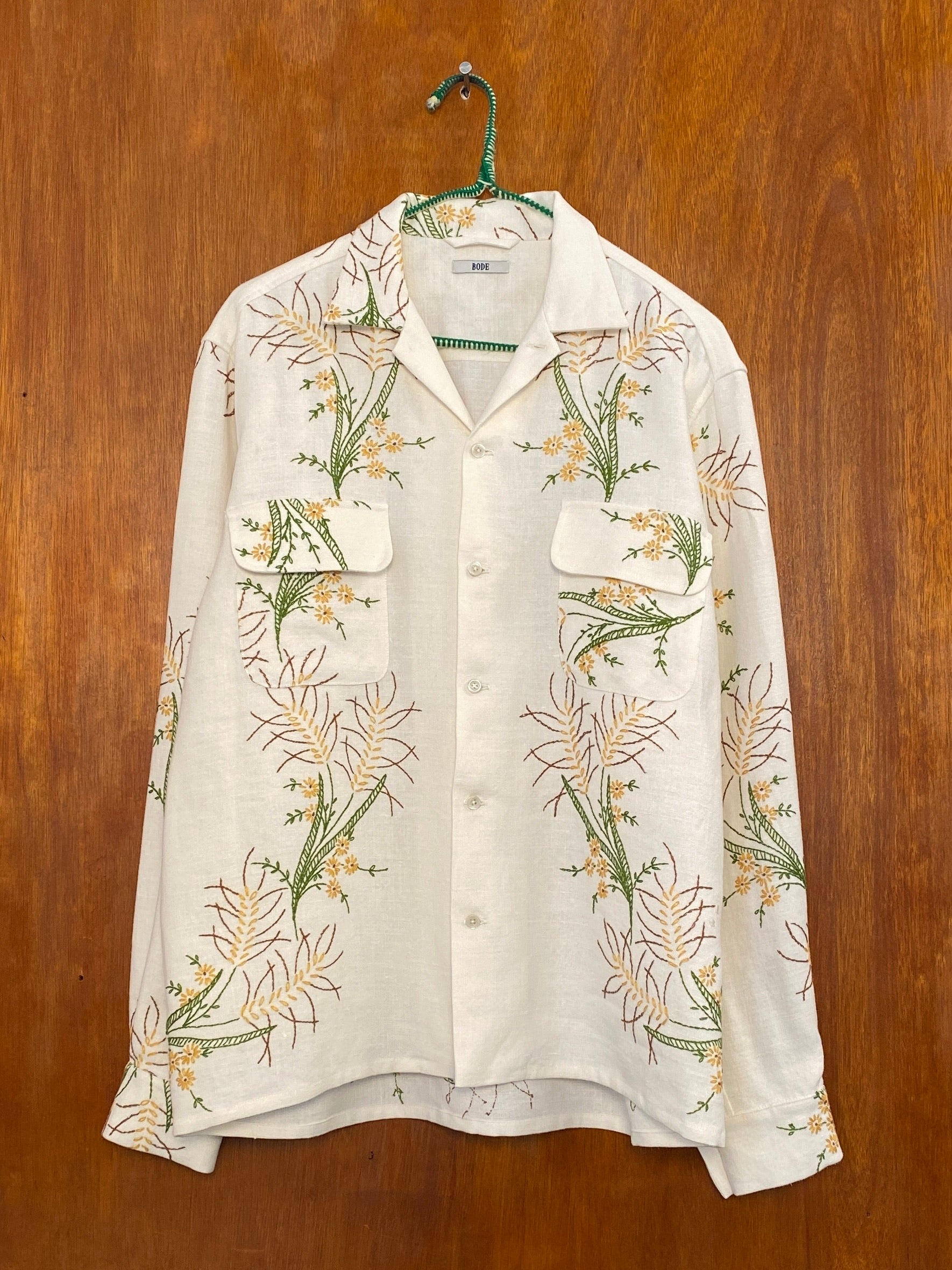 Moss Daisy Embroidery Shirt - M/L