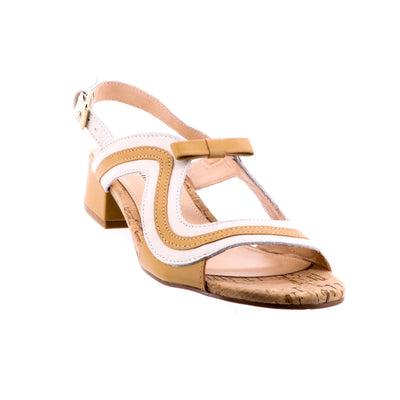 https://cdn.shopify.com/s/files/1/1218/9560/files/Brazilio-matilda-sandal-white-and-tan_cac7958b-f1cc-4a60-b606-fb52bc7f5e0d.mp4
