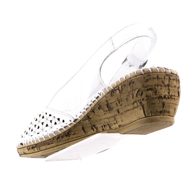 Cabello Shoes - Shelly Wedge - White Leather - Pizazz Boutique
