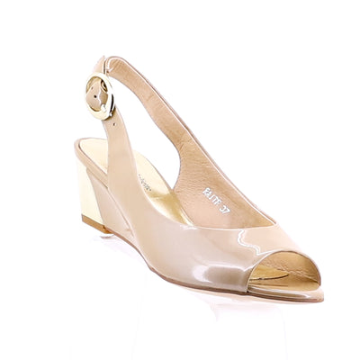 https://cdn.shopify.com/s/files/1/1218/9560/files/django-raite-wedge-taupe-pearl.mp4