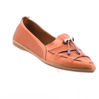 https://cdn.shopify.com/s/files/1/1218/9560/files/mago-whip-leather-flats-coral.mp4