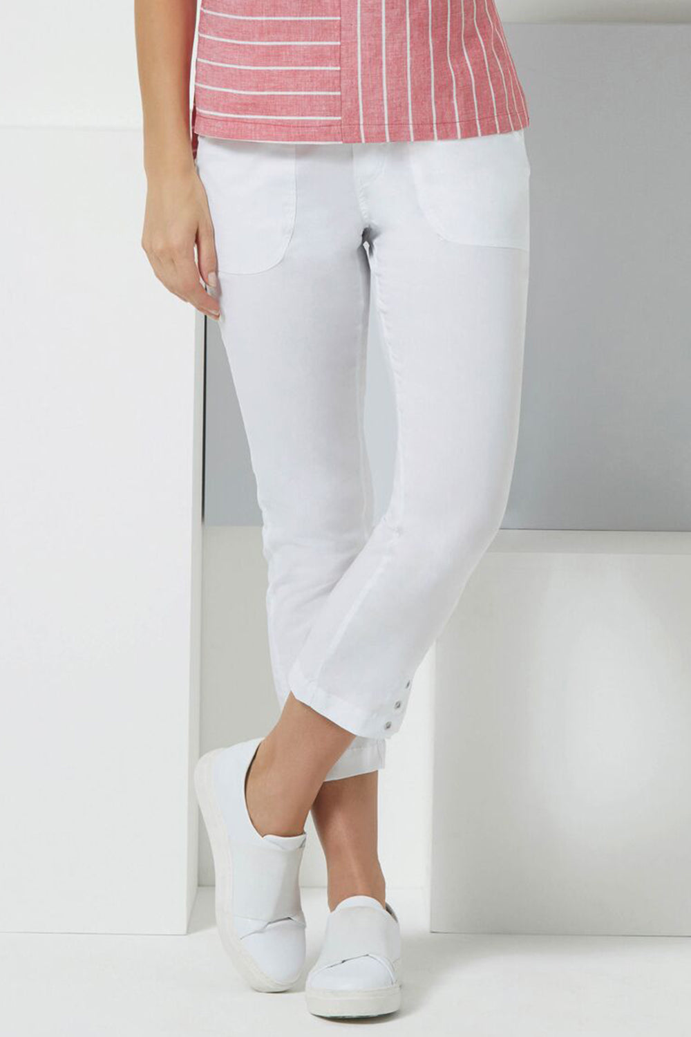 Foil - Ring Cycle Eyelet Pants - White - Pizazz Boutique - Casual Pant