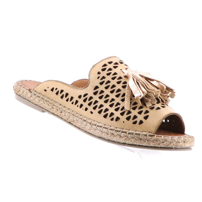 https://cdn.shopify.com/s/files/1/1218/9560/files/bueno-kite-leather-espadrille-tan.mp4