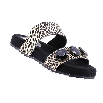 https://cdn.shopify.com/s/files/1/1218/9560/files/gioseppo-alida-slide-leopard.mp4