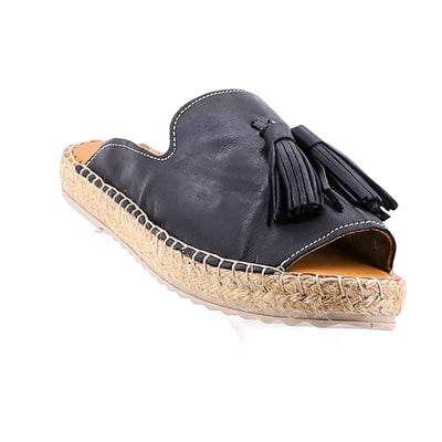 https://cdn.shopify.com/s/files/1/1218/9560/files/rilassare-tardy-leather-espadrille-black.mp4