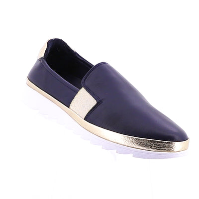 https://cdn.shopify.com/s/files/1/1218/9560/files/rilassare-thrown-loafer-navy.mp4