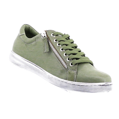 https://cdn.shopify.com/s/files/1/1218/9560/files/rilassare-token-sneaker-olive_ef3dec2e-b976-4803-8e19-e16a797e69d3.mp4