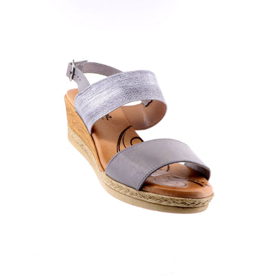 https://cdn.shopify.com/s/files/1/1218/9560/files/sundowner-cherry-wedge-grey-metal_92337b5a-2b9a-4944-940a-366e1c5e5e30.mp4