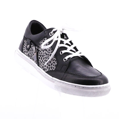 https://cdn.shopify.com/s/files/1/1218/9560/files/via-nova-carina-black-leopard-shoe.mp4