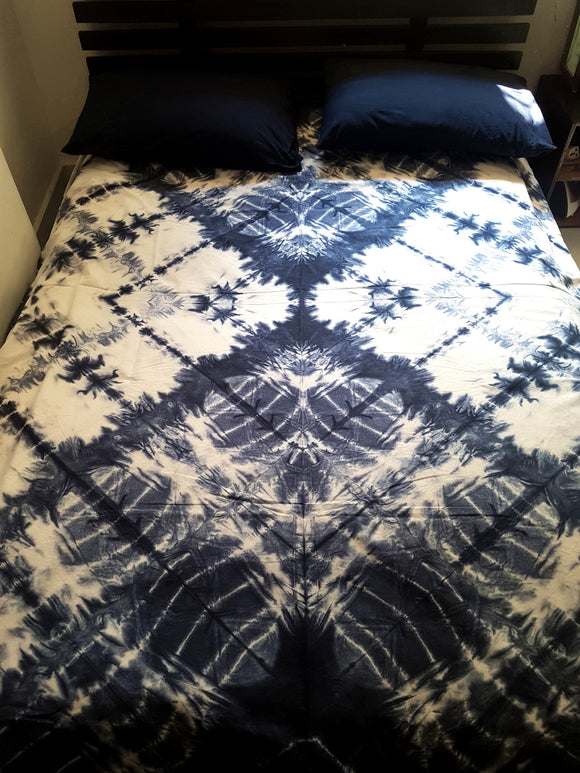 Shibori Blue Bed Cover with 2 Pillow Covers (T)
