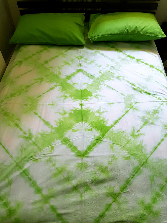 Shibori Green Bed Cover with 2 Pillow Covers (T)