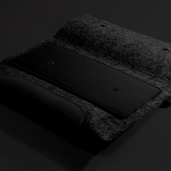 Macbook Air 11 inches. Lava Black Color Leather & Black Wool Felt.