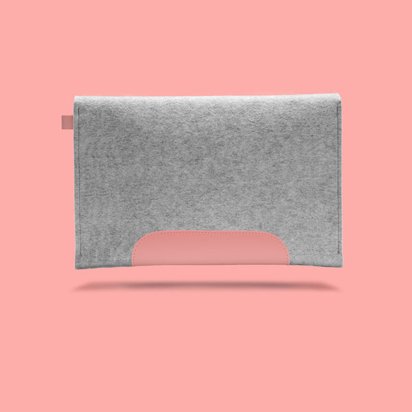Macbook Air 11 inches. Quartz Pink Leather & Light Grey Wool Felt.