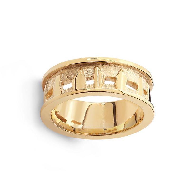 Standing Stones Ring in 9 ct Yellow Gold