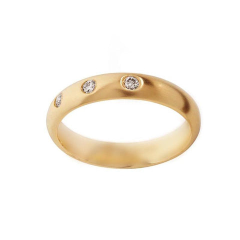 3 Diamond 4 mm Gold Wedding Band