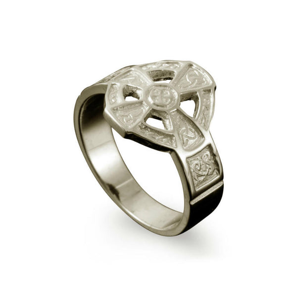 Hildasay Celtic Cross Ring in White Gold