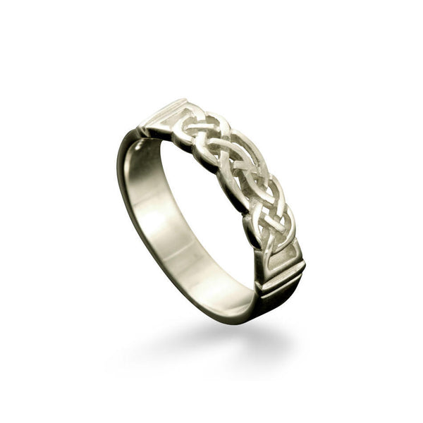 Linga Celtic Knotwork Ring White Gold