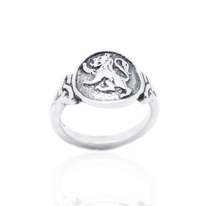 Lion Rampant Ring in Silver