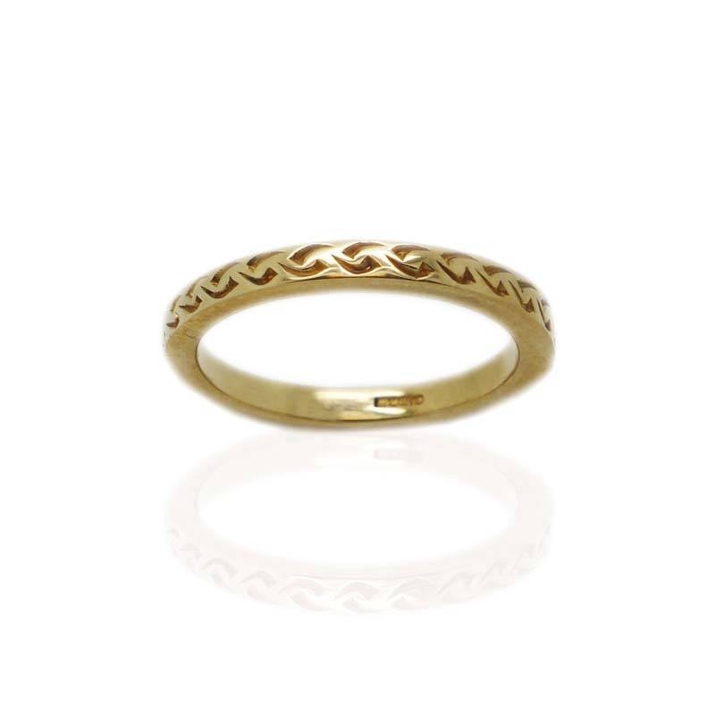 Modern Celtic Design Ring in Gold