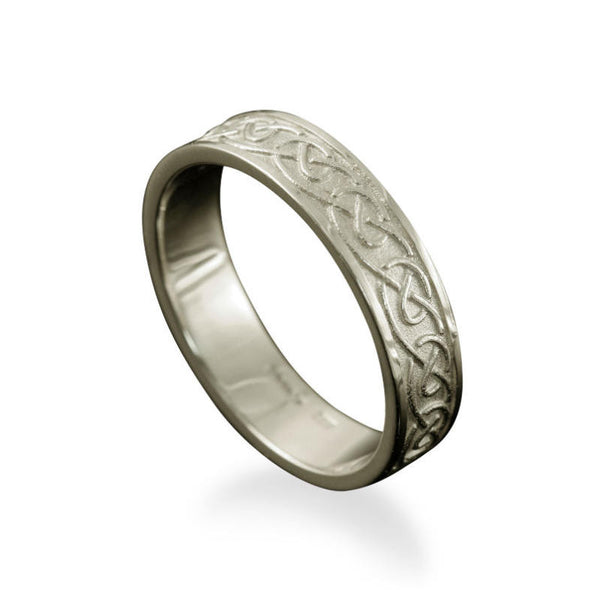 Mousa Celtic Knotwork Ring in Platinum