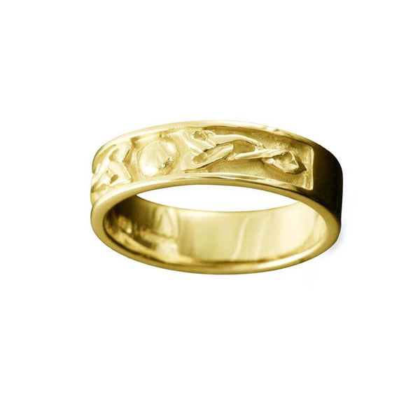 Oxna Celtic Trinity Knot Ring Yellow Gold