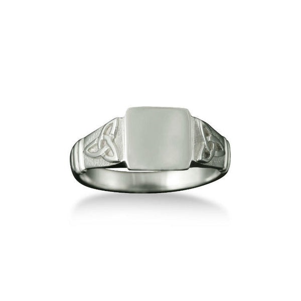Small Celtic Trinity Knot Signet Ring in Platinum