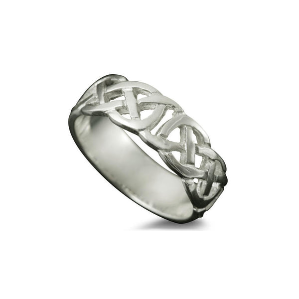 Vaila Celtic Knotwork Ring in Platinum