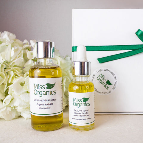 Nourish and Glow Gift Set