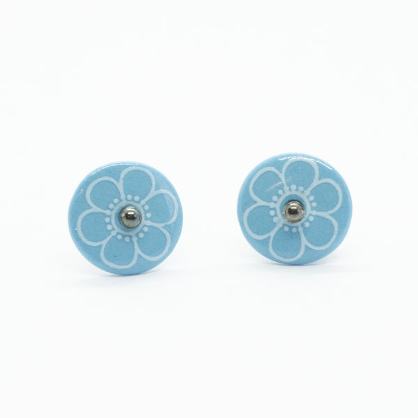 Bloom Outline Blue Porcelain Stud Earrings