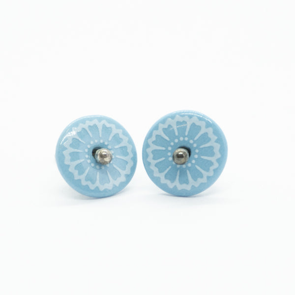 Bloom Petal Outline Blue Porcelain Stud Earrings