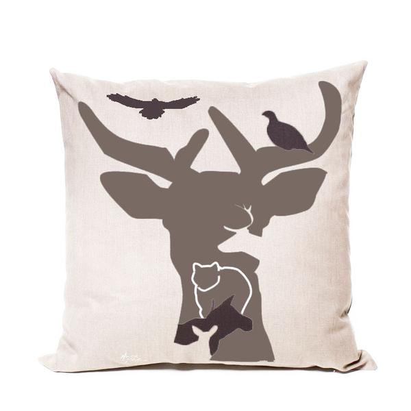 Deer Motif Cream Cushion Cover