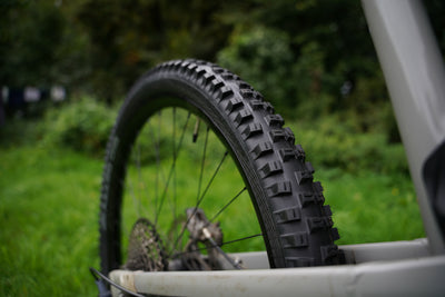 Tennant tests the Schwalbe BIG BETTY Super Gravity Evo