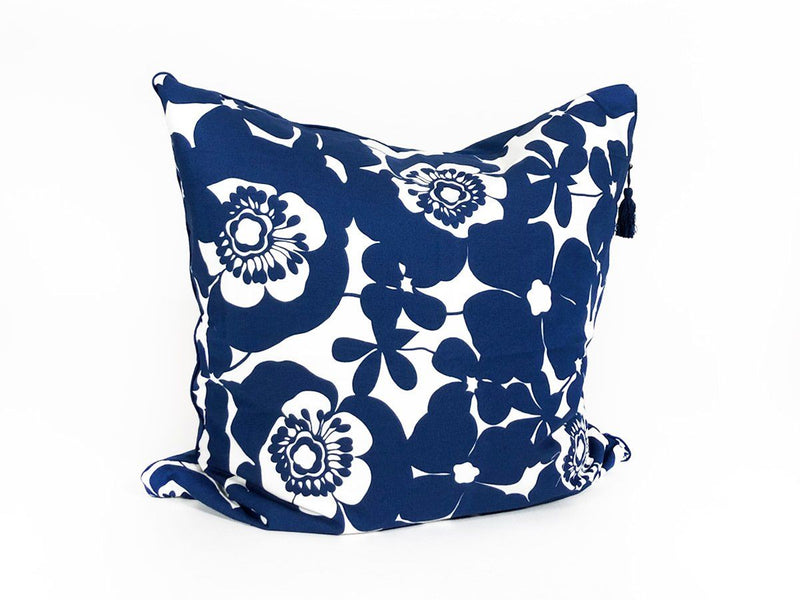 Throw Pillow in Bold Floral with Solid Back and Pipe