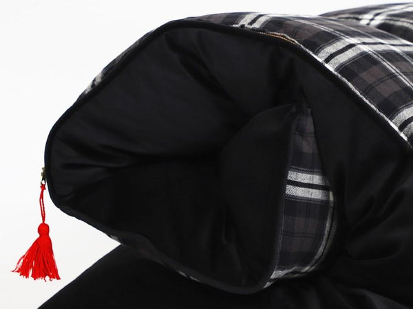 Throwbed in Black and Brown Plaid Flannel with Velvet Back - Detail | Hedgehouse