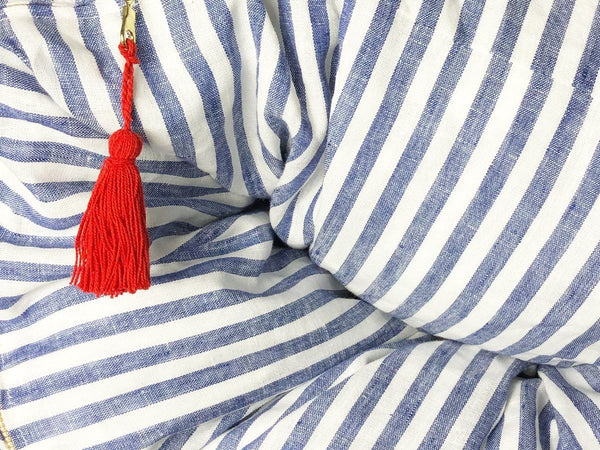 Sur La Mer Throwbed in Blue Narrow Stripe - Detail | Hedgehouse