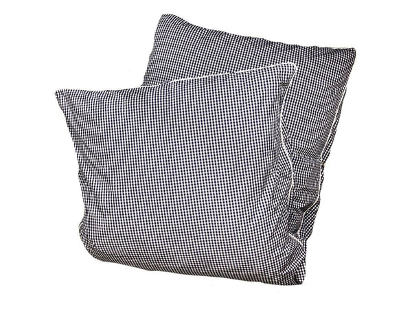 Throwbed in Gingham with Pipe