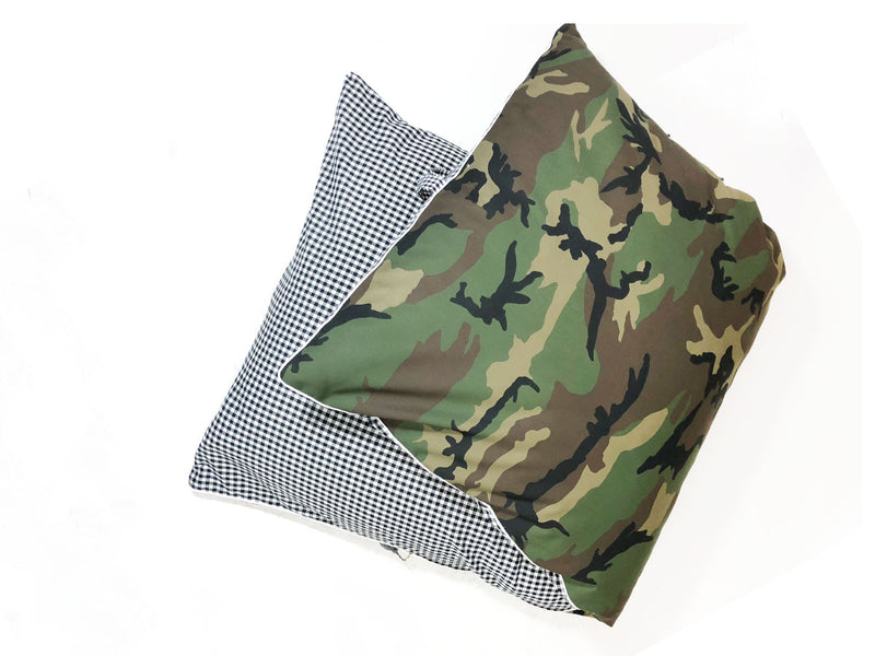 Camo and Black & White Gingham Throwbed - Folded | hedgehouseusa