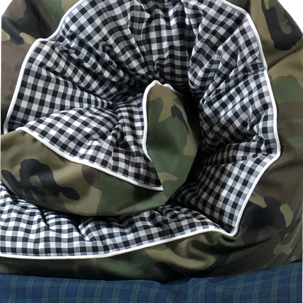 Camo and Black & White Gingham Throwbed - Detail| hedgehouseusa