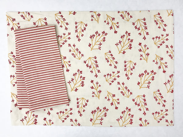 Normandy II Branches Placemat in Garnet & Gold