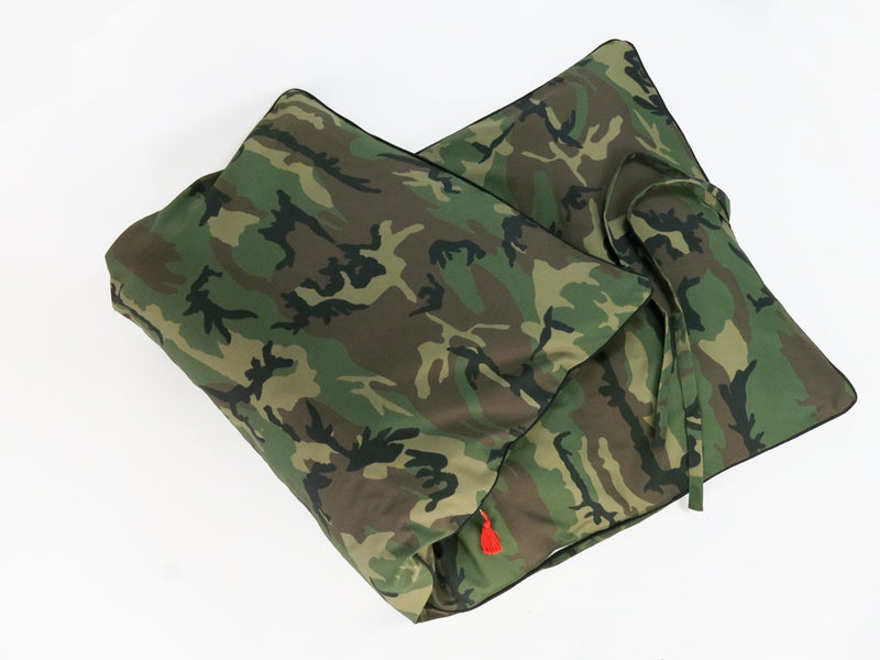 Cotton Twill Throwbed Camo - Folded | Hedgehouse