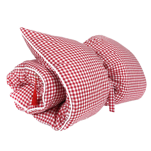 Gingham Throwbed in Red with White Pipe