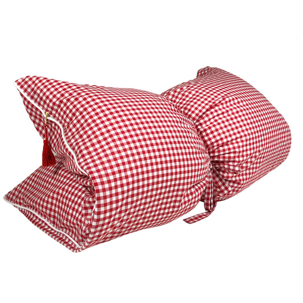 Gingham Mini Throwbed in Red with White Pipe
