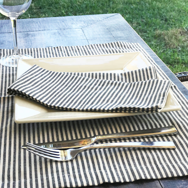 Toulouse Placemat in Blue | Hedgehouse