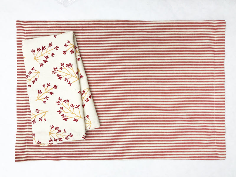 Toulouse Placemat in Red | Hedgehouse