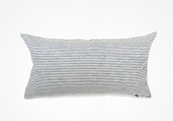 Lumbar Pillow in Toulouse