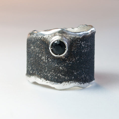 black and silver Wide Silver ring with black stone, black stone Solitaire ring foster texture
