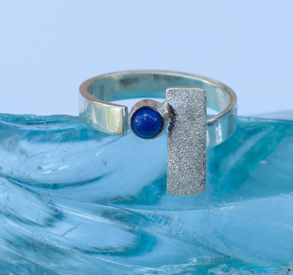 blue lapis silver ring, modern silver ring, geometric ring, blue stone ring - Handmade with love from Greece