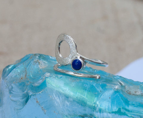 Blue lapis silver ring, karma ring, geometric circle ring, blue stone ring - Handmade with love from Greece